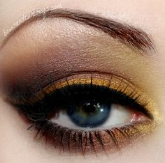 """"""".Bows and Curtseys...Mad About Makeup."""": Glorious Gleam"""