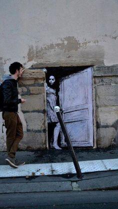 By Levalet, Paris, France www.culturainquieta.com