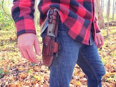 How to Choose the Perfect Survival Knife: 6 Features to Look For  by Creek Stewart