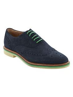 I have  a pair like this.  Taylor Suede Oxford