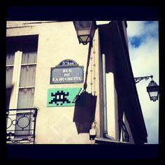 Street art-Space Invader (Paris #2)
