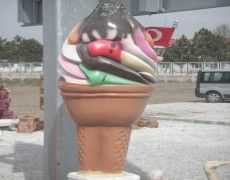 Dondurma Maketi Planter Pots
