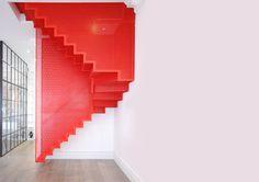 Hanging Red stairs _Elvaston Place, Kensington_ Michaelis Boyd Associates | Diapo Staircase