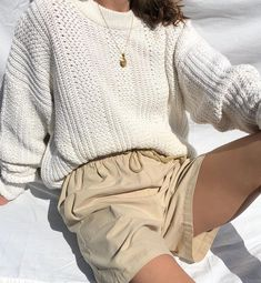 Vintage cream cotton knit easy relaxed pullover with wide collar