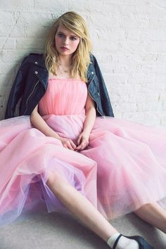 Betsey Johnson Vintage For UO Becca Strapless Tulle Dress #UOxBetsey