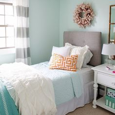 Our headboards make a statement in @fourgenerationsoneroof's teen girl's bedroom makeover! Click the link in our profile to bring this headboard into your home.