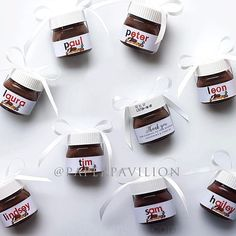Personalised mini NUTELLA jars, nutella bonbonniere, spread the love, chocolate spread, chocolate pl Mini Nutella Glas, Nutella Gifts, Wedding Gifts For Guests, Wedding Favors Cheap, Card Wedding, Wedding Invitations, Invitations Online, Sweets, Snacks