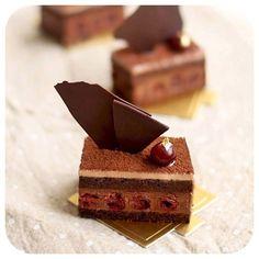 #cake #entremet #mousse #japanese #french #cake #ambroisie ...
