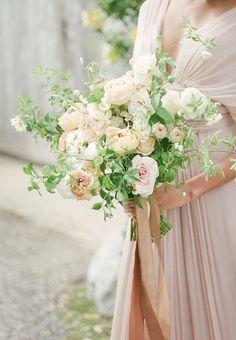 So feminine, pretty and romantic for a warm Summer Wedding