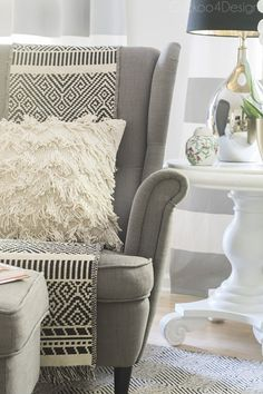 8 Quick and Easy Ways to Make Your Home Cozy This Fall