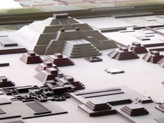 Study suggests Pyramid of the Moon set urban design of Teotihuacan Maya, Viaje A Texas, Aztec Ruins, Aztec Culture, Moon Setting, Archaeology News, Aliens And Ufos, Mesoamerican, México City