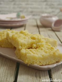 Crumble cake easy and fast - child& wish ways kuchen ostern rezepte torten cakes desserts recipes baking baking baking Easy Cake Recipes, Cupcake Recipes, Cookie Recipes, Fall Desserts, Food Cakes, Ice Cream Recipes, Eat Cake, Food And Drink, Easy Meals