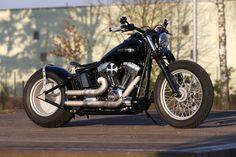 Customized Harley-Davidson Softail Nighttrain by Thunderbike Customs Germany
