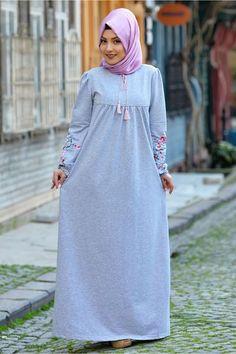 Bwest Mevsimlik Kolları Nakışlı Elbise 1295 Gri http://www.sedanur.com/bwest-mevsimlik-kollari-nakisli-elbise-1295-gri/