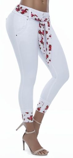 So Cute they look like jeans you garden in but then their all white ; Old Jeans, Jeans Pants, Denim Jeans, Big Girl Clothes, Diy Clothes, African Wear, African Fashion, Pants For Women, Clothes For Women