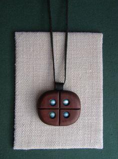 dřevořezba - šperk