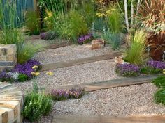 Low Maintenance Garden Landscaping Ideas 15 image is part of 75 Fantastic Low Maintenance Garden Landscaping Ideas gallery, you can read and see another amazing image 75 Fantastic Low Maintenance Garden Landscaping Ideas on website Gravel Front Garden Ideas, Pea Gravel Garden, Dry Garden, Garden Care, Front Yard Landscaping, Garden Paths, Landscaping Ideas, Mulch Landscaping, Small Garden Ideas With Bark