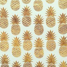 "633 Me gusta, 28 comentarios - Perfect Palette ✨Wedding Inspo (@theperfectpalette) en Instagram: ""Golden pineapple goodness. regram via @the_rocshop #pineapple #tropical"""