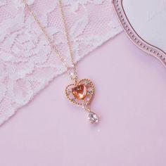 Stylish Jewelry, Cute Jewelry, Jewelry Accessories, Fashion Jewelry, Korean Accessories, Cute Necklace, Necklace Types, Heart Necklaces, Key Necklace