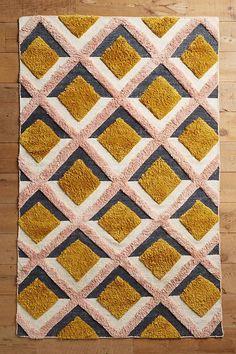 Slide View: 1: Hand-Tufted Trellis Rug