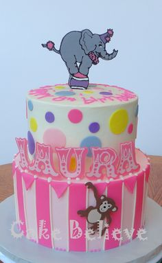 circus birthday cake have the elephant be fondant