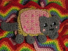 Nyan Cat Scarf :: Part of 10 Free Crochet Animal Scarf Patterns!