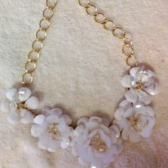"""White flowers necklace 16-21"""" adjustable length White flowers necklace with adjustable chain 16-21"""" long N/A Jewelry Necklaces"""