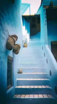 Tiziri 13 by Ghassen Khemakhem Sidi Bou Said, Seychelles, Santorini House, Chefchaouen, Cap Vert, Africa Destinations, Islamic Architecture, Stairway To Heaven, Paradise Island