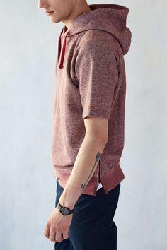 UNYFORME Clark Short-Sleeve Hooded Sweatshirt