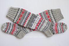 Drops Design, Crochet Socks, Knitting Socks, Textiles, Fingerless Gloves, Arm Warmers, Mittens, Ravelry, Blog