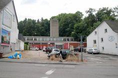Verkauf: Alte Feuerwache in Bergisch Gladbach (#gl1) steht kurz vor dem Abriss - Die Alte Feuerwache am Fuß des Quirlsbergs soll in absehbarer Zeit abgerissen werden. Dies wurde bei einer Podiumsdiskussion zur Stadtgestaltung in der VHS bekannt. Die Kaufverhandlungen stünden kurz vor dem Abschluss.