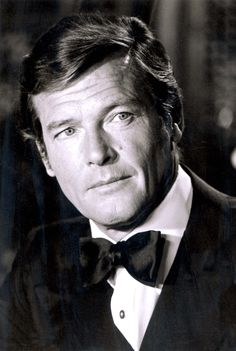 Roger Moore (October He passed away from prostate cancer at age Roger Moore, Hollywood Actor, Old Hollywood, James Bond Style, Spy Who Loved Me, Z Cam, James Bond Movies, Actrices Hollywood, Sean Connery