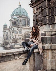 Best Travel Cities In Europe Berlin Photography, Germany Photography, Photography Poses, Amazing Photography, Berlin Travel, Budapest Travel, Germany Travel, Travel Pictures Poses, Travel Photos
