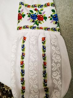 Ely, Floral Tie, Cross Stitch Patterns, Mexico, Embroidery, Cross Stitch Art, Hand Embroidery, Christmas Crafts, Blouse