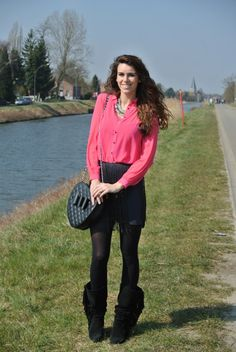 Outfit: TIB @SMETS - Curls and Bags #fetishpantyhose #pantyhosefetish #legs #blogger #pantyhose #black