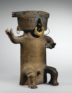 Statue anthropomorphe dite cacique Culture Quimbaya Rio Cauca, Colombie 1000-1500 ap. J.-C.   QUIMBAYA FIGURE, RIO CAUCA, COLOMBIA