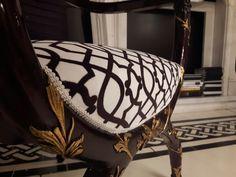 #chair #hebanon #fratellibasile #designdilusso #madeinitaly #classic #luxuryhome #Luxuryfurniture #luxurydesign #luxurystyle #luxuryfashionstyle #luxurygoods #designerdelusso #design #furniture