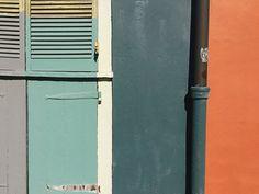 color blocked nola wall via old brand new. / sfgirlbybay