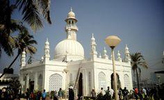 Haji Ali Shrine - Best Places to Visit in Mumbai City | Tourist Spots in Mumbai