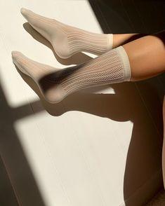 stepholejn via Instagram Knee High Stockings, Scandi Chic, High Knees, Knitting Socks, Hosiery, Ivory, Mood, Elegant, Heels