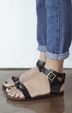 Black Sandals <3