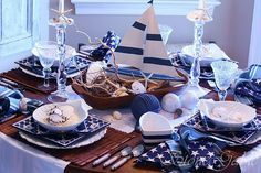 Cairn Cottage: Nautical!!