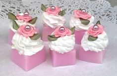 soaps So Creative, Homemade Beauty Products, Cold Process Soap, Home Made Soap, Flower Petals, Soap Making, Bath Bombs, Craft Fairs, Swirls