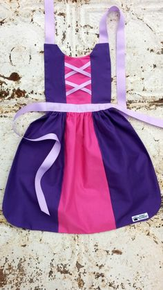 RAPUNZEL of TANGLED sewing PATTERN. Disney Princess inspired Child costume Apron. Fits sizes 2t 3t 4 5 6 7 8 Toddler Baby Girl Dress up Play