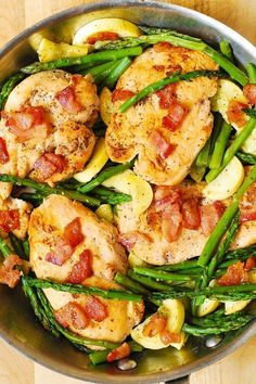 Chicken, Asparagus, and Bacon Skillet - this meal has just the right amount of protein (chicken), vegetables and fiber, it's gluten free and low carb.