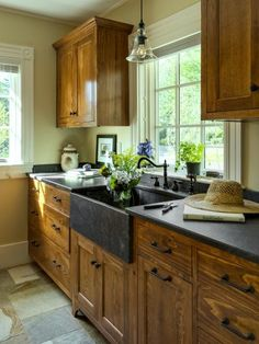 Check out these examples of kitchen storage with star power.
