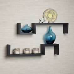 This set of 3 Nesting U Shelves makes space utilization efficient is perfect for displaying your favorite books, collectibles, photos, toys, awards, CD's, videos, decorative items and more. They can b