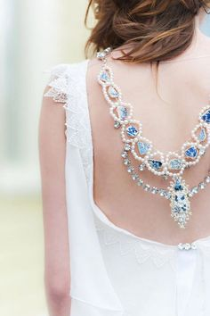 Bridal Back Necklace: 42 Adorable Ideas | HappyWedd.com #PinoftheDay #bridal #back #necklace #adorable #ideas #BackNecklace