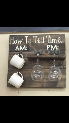 """How to tell time"" cute decor made from pallets or wood planks"