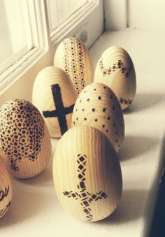 DIY wood-burned eggs for Easter